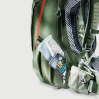 Könnyen hozzáférhető cipzáras zseb okostelefon, térkép tárolására a hátoldalnál